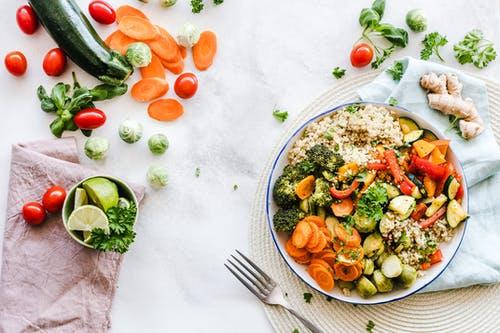 Spis sundt og varieret med en måltidskasse